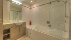 Dunes 403 Bathroom