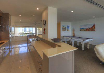 Dunes 602 Kitchen 4